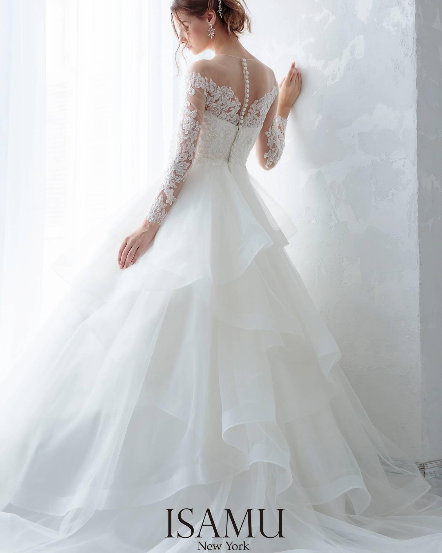 イサムモリタのウェディングドレスのご紹介